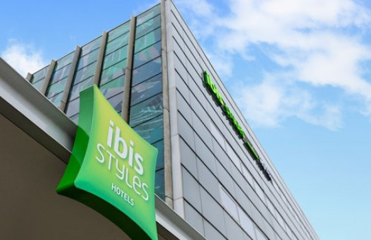 Park, Sleep & Fly Arrangement Ibis Styles Amsterdam Airport afbeelding