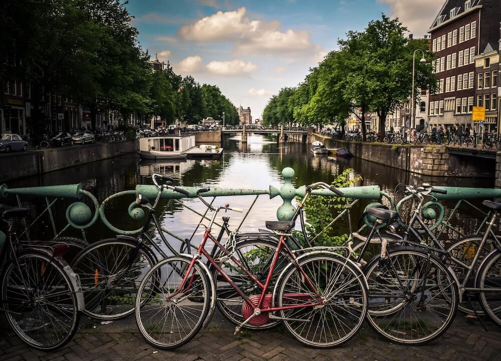 Using the bicycle is a sustainable way of travel